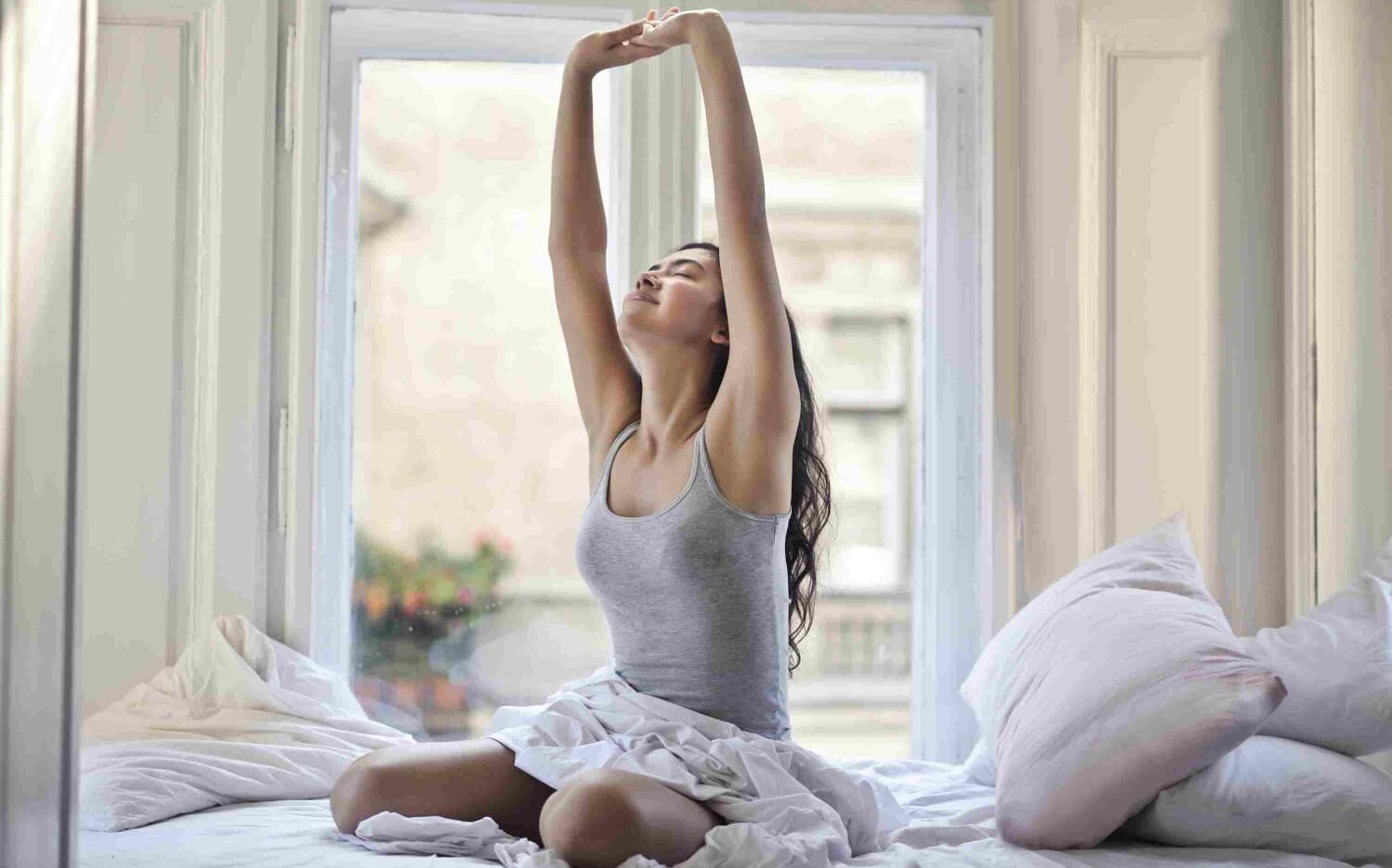 8 Things To Do In The Morning : Productive Morning Routine