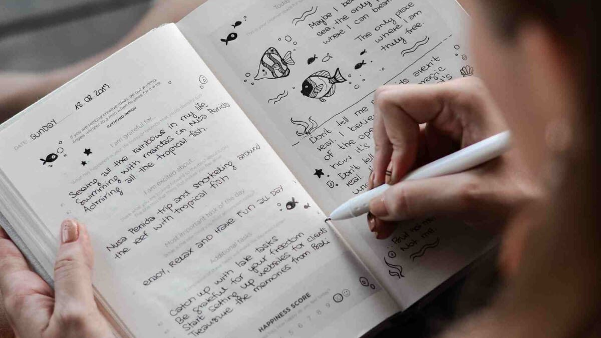 How To Start A Bullet Journal (For Not-So-Creative Beginners)